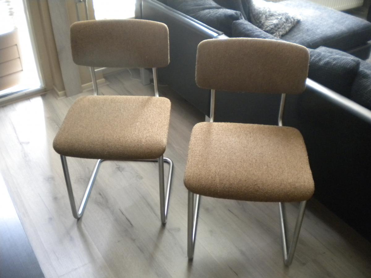Gispen stoel stofferen meubelstoffeerderij designbekleding